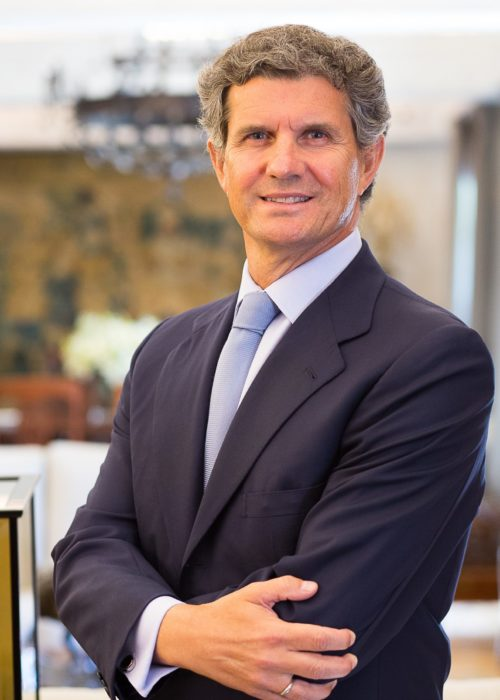 Francisco J Riberas
